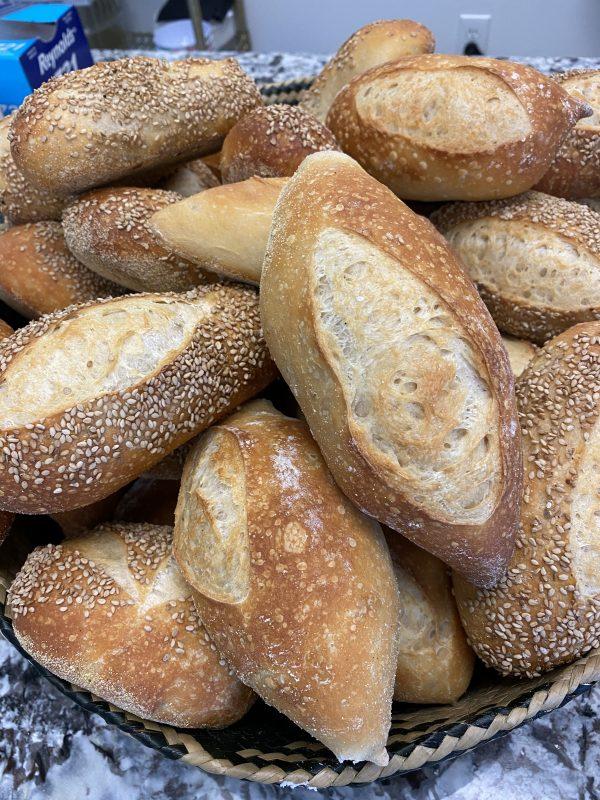 boaggios-hand-made-rolls