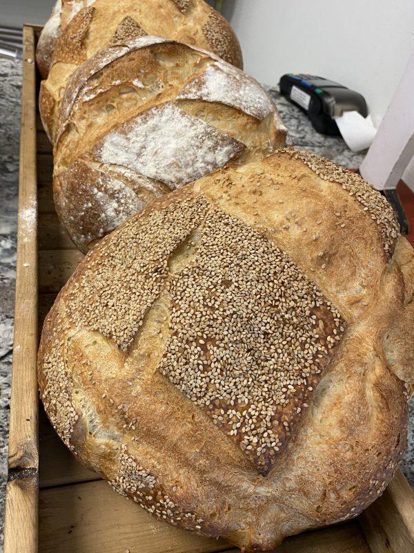 Boaggios large round bread